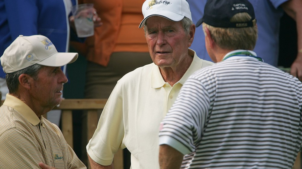 Golf world pays tribute to former President George H.W. Bush