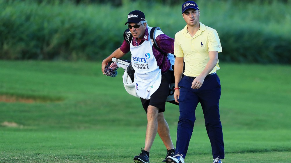 Mackay to fill in as Thomas' caddie at Sony
