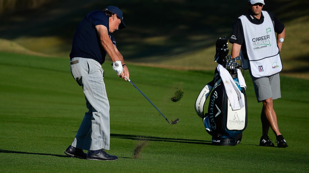 Mickelson 'displeased' with iron play; 10 back