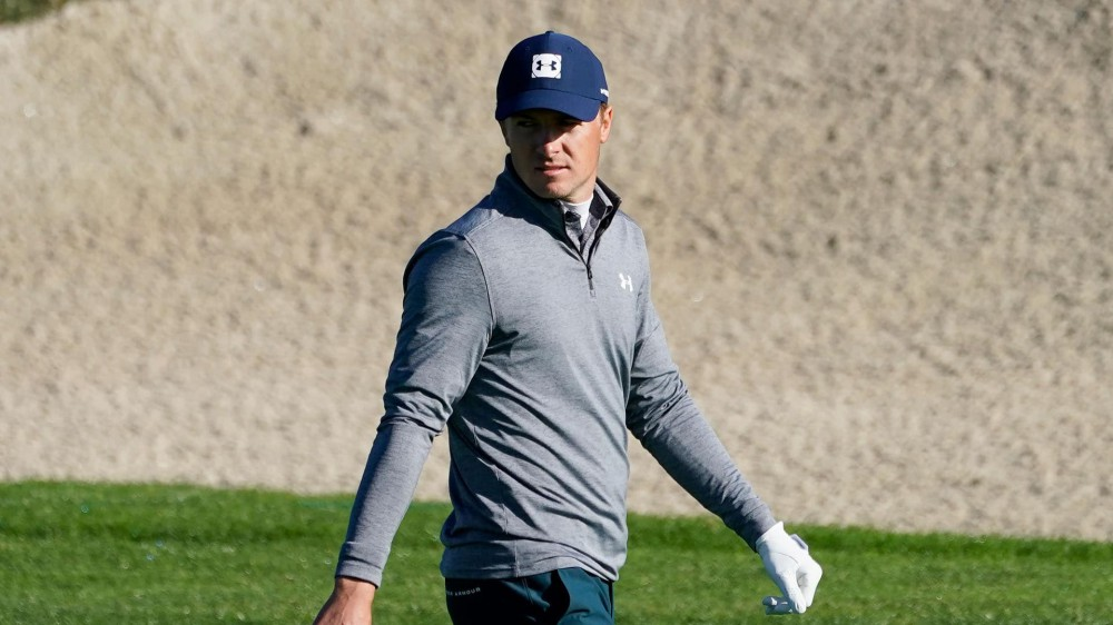 Misbehaving driver costs Spieth dearly at Pebble Beach