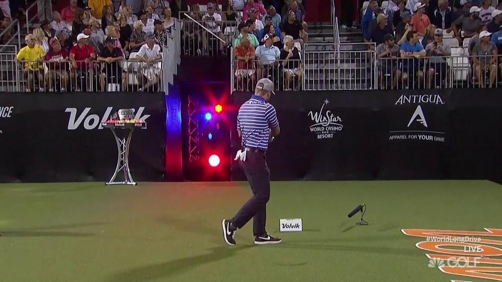 Watch: Patterson snaps shaft, hits fan at Volvik WLD