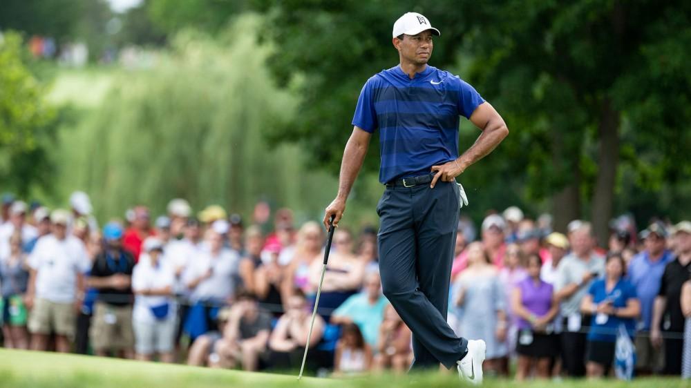 Watch: Woods makes five birdies, eagle in Round 2