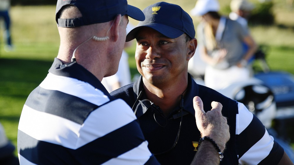 Woods happy to help Furyk at Ryder Cup