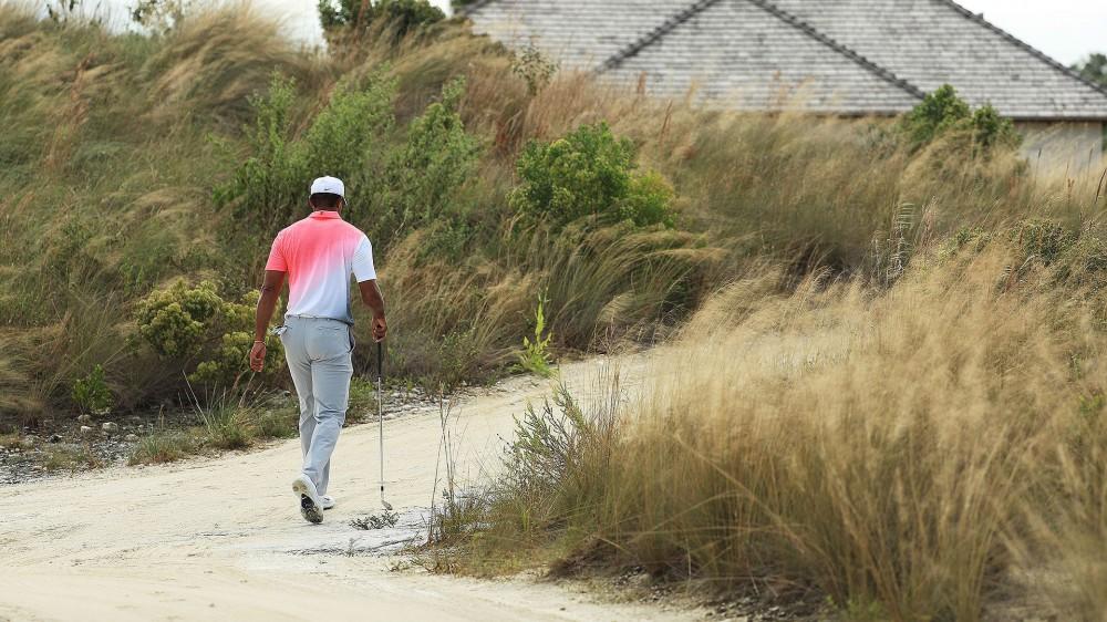 Woods misses one fairway, plays pro-am under par